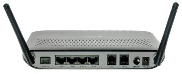 GPON-роутер использует для подключения оптоволоконный кабель