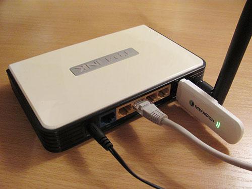 3G/4G модем подключается к роутеру через USB вход