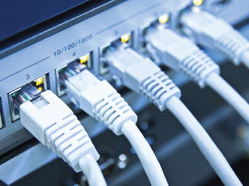 Сетевые кабели в коммутаторе