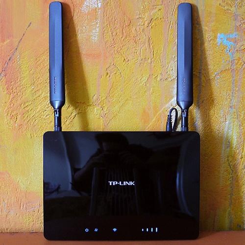 TP-Link TL-MR6400 с дополнительными антеннами большой мощности