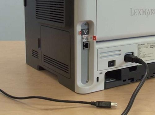 Правильность подключения принтера и целостность кабеля